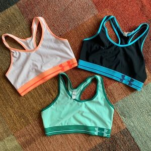 Women's UA heat Gear sports bra bundle